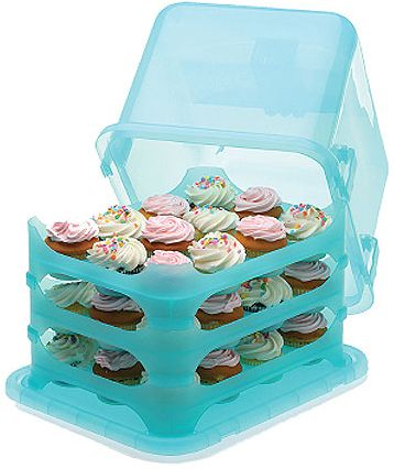 Cupcakes are a childhood favorite because the decadent treats are just the right size for satisfying a small one's sweet tooth. But, transporting the tiny cakes to a class party or potluck dinner can be a bit of a pain.    Many a mother has driven