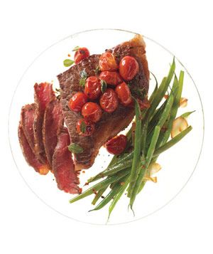 Steak With Skillet Tomatoes and Spicy Green Beans: Steak, Dinner, Skillet Tomatoes, 3 Ingredient Recipes, Spicy Green Beans, Spicy Sautéed, Real Simple