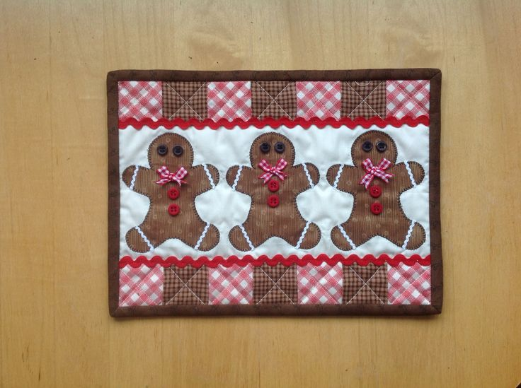 Gingerbread men Mug rug