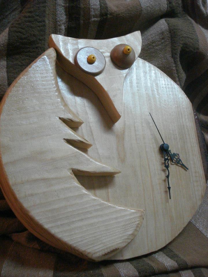 Orologio civetta in legno massello