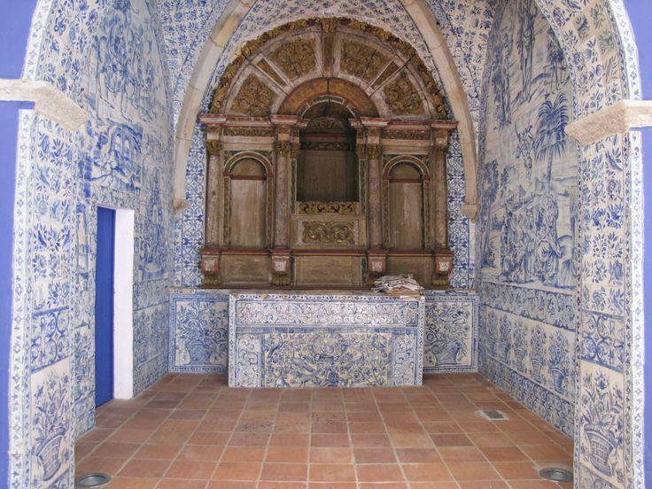 A EQUIPA DO Az / The Az Team [Rosário Salema de Carvalho] - Castelo de Vide | Ermida do / Chapel of Salvador do Mundo | 1695 #Azulejo  #AzulEBranco #BlueAndWhite