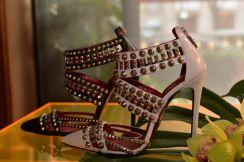 Cesare Paciotti collezioni donna sandali borchiati
