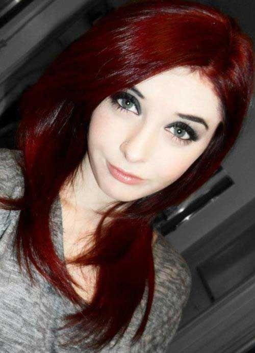 Dunkelrotes Haar