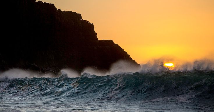 Molokai more than compensates for a scarcity of swimmable beaches with natural beauty and residents who treat one another like family.