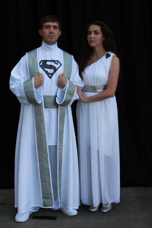 Superman's bio mom and dad. Dragoncon-saturday-bill-24.