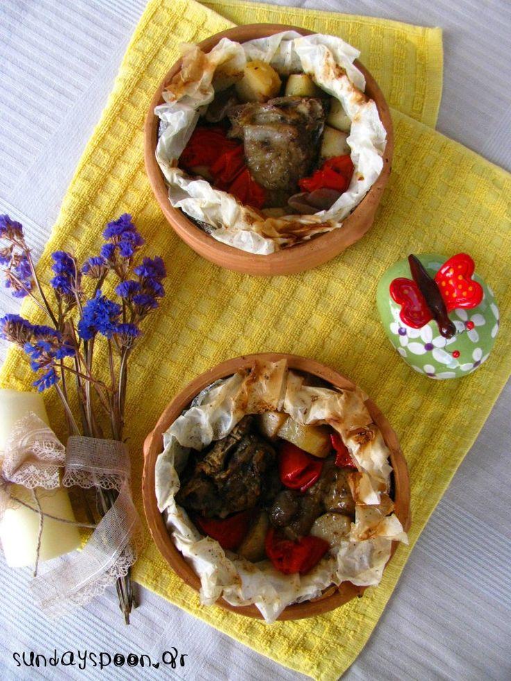 Αρνάκι στη λαδόκολλα • sundayspoon
