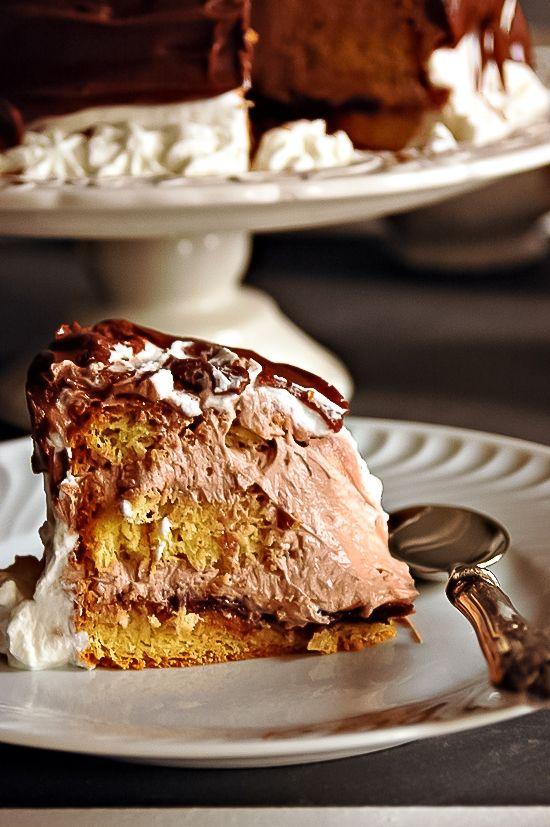 stork cake-slice