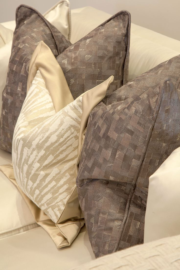 Cushion details in Living Room  | JHR Interiors