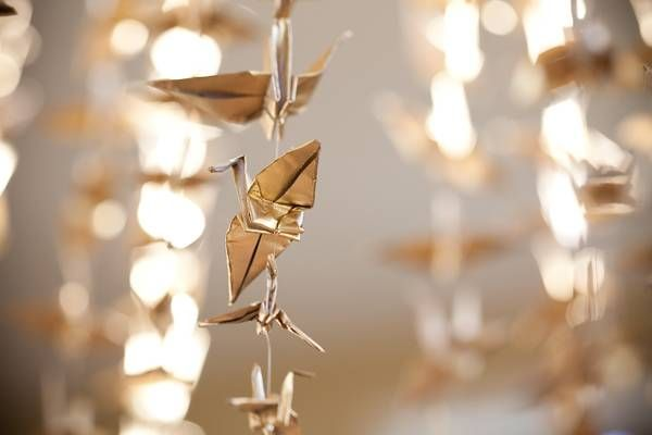 --looove this idea...esp since I know origami and gold is going to be one of our colors....
