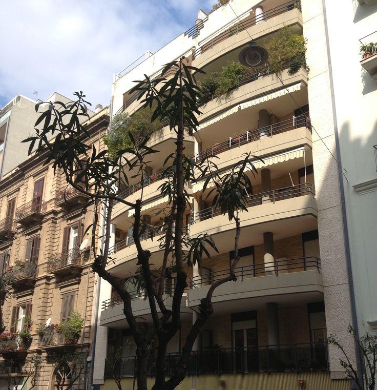 Bari quartiere Murat: Piccolo 2 vani  di mq 43 con doppia esposizione.