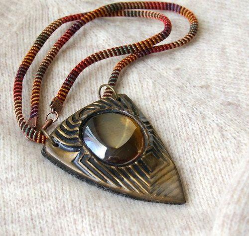 náhrdelník z polymerové hmoty Fimo + skleněný kamínek