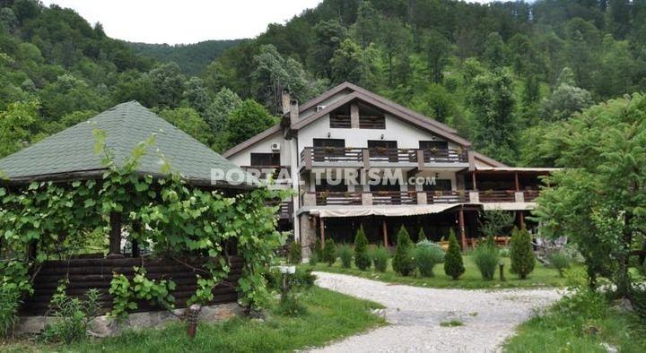 Complex Turistic Valahia - Pensiunea Valahia - Brezoi, Valcea, Valea Oltului - Portal Turism