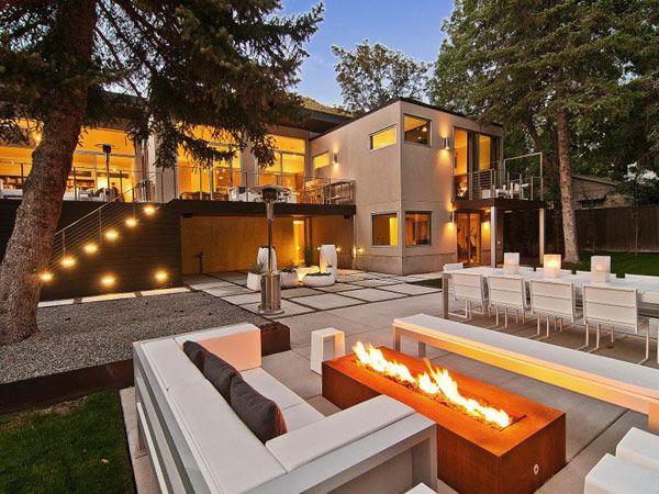 Fire pit ou lounge externo com lareira – veja modelos e dicas para aderir essa tendência!