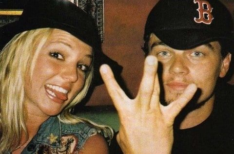 This TBT Britney Spears and Leonardo DiCaprio photo is adorably amazing!