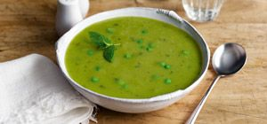 This pea & mint soup, part of Slimming World's food range, is fresh and full-of-flavour.