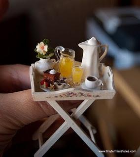 Dainty Miniature