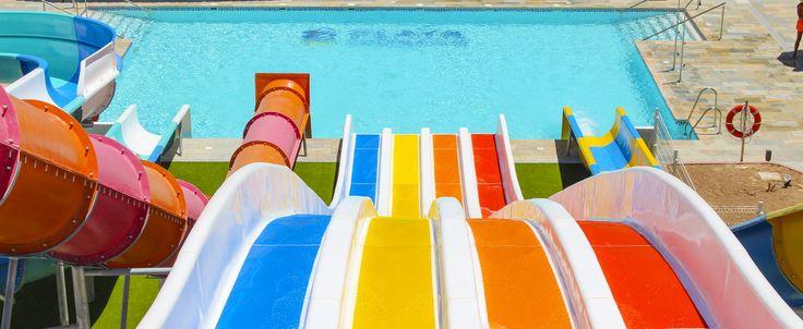 Playasol Spa Hotel är ett stort och imponerande hotell beläget på en gata mellan Roquetas de Mars huvudgata Avenida Playa Serena och den stora breda stranden. Boka din resa hos Solresor!