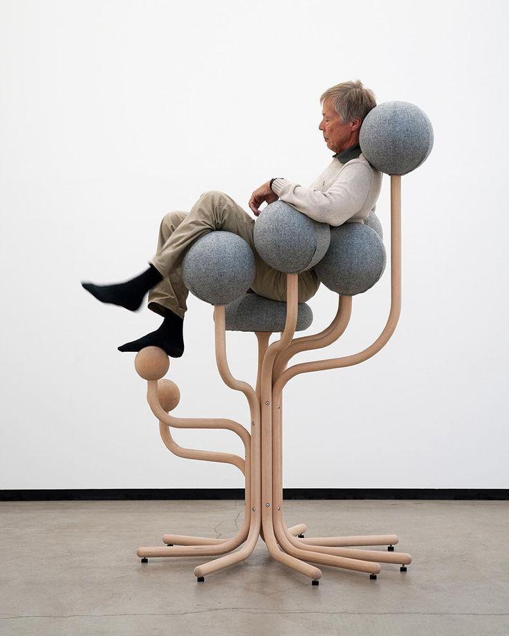 Elevate your self in a massage. Globe Garden Chair by Peter Opsvik #peteropsvik