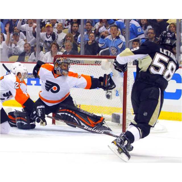 Great save to keep the flyers in the game!!
