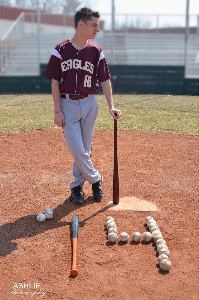 Compare Baseball Bats Baseballweight Tricksandguide Baseball Senior Pictures Baseball Pictures Baseball Photography