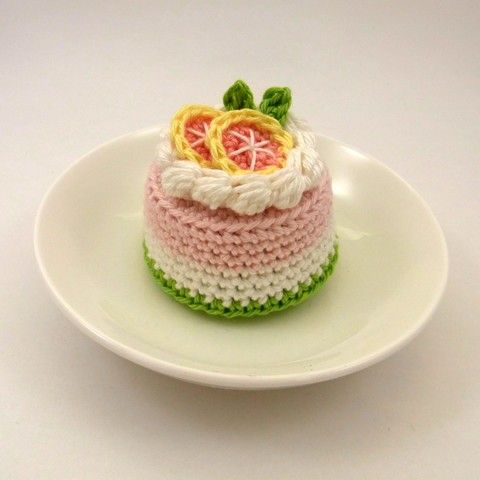 Grapefruit Cake by Bibuki on Etsy, $22.00