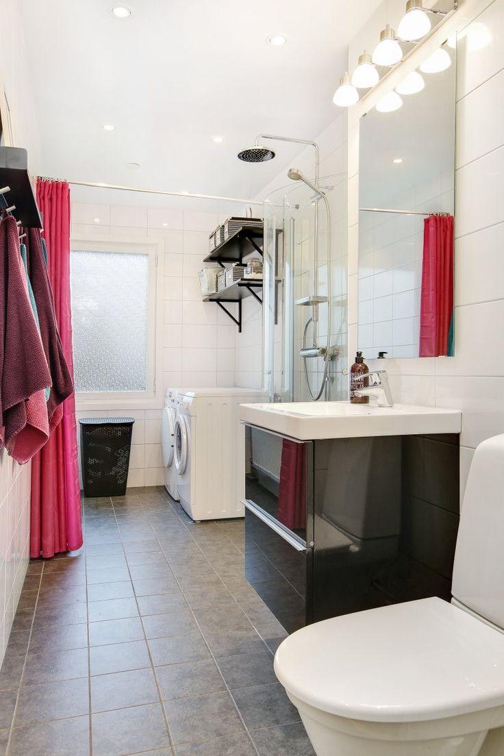 Nyrenoverat och mycket smakfullt inrett duschrum