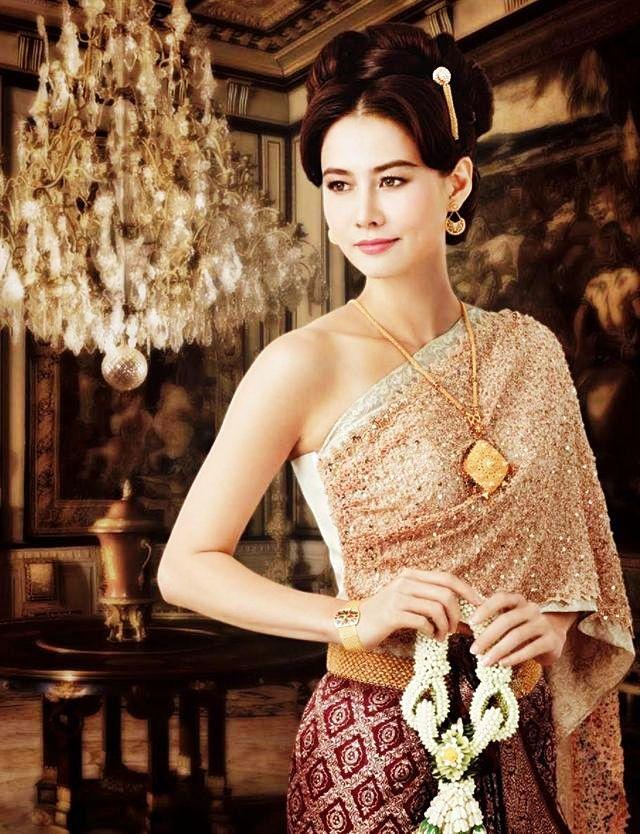 70 best Thai wedding dresses images on Pinterest | Short wedding ...