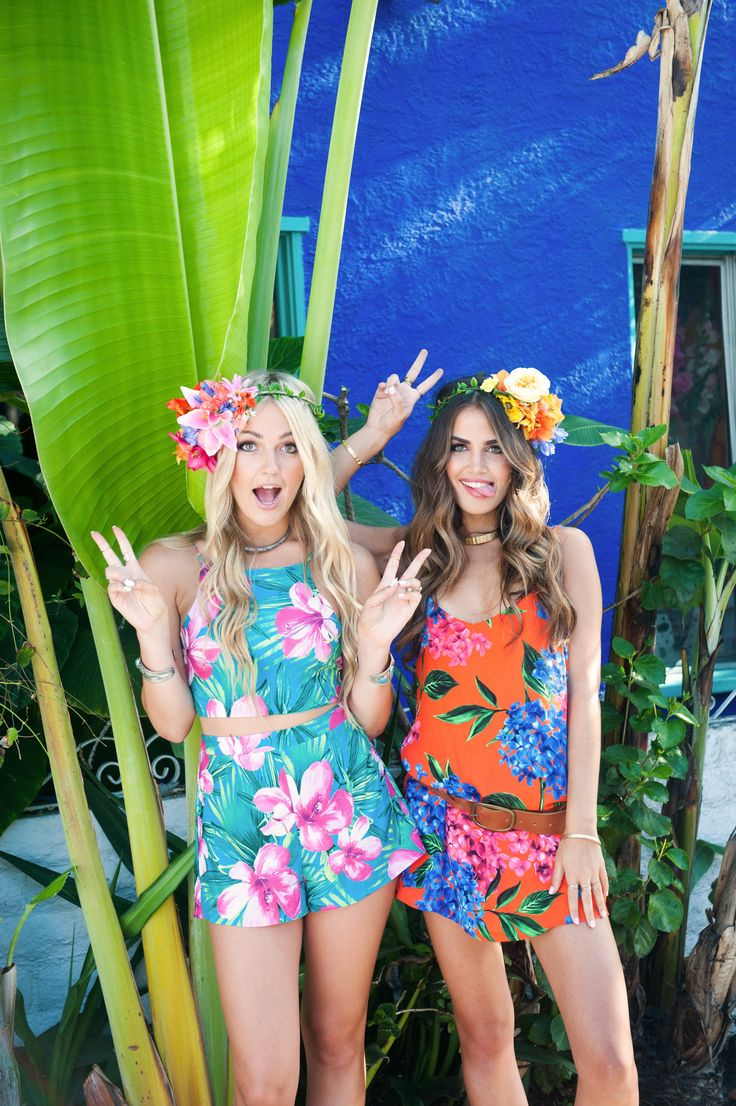 impactful hawaiian beach outfit