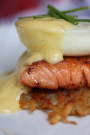 eggs benedict w/ salmon, crispy shredded potatoes and lemony hollandaise sauce