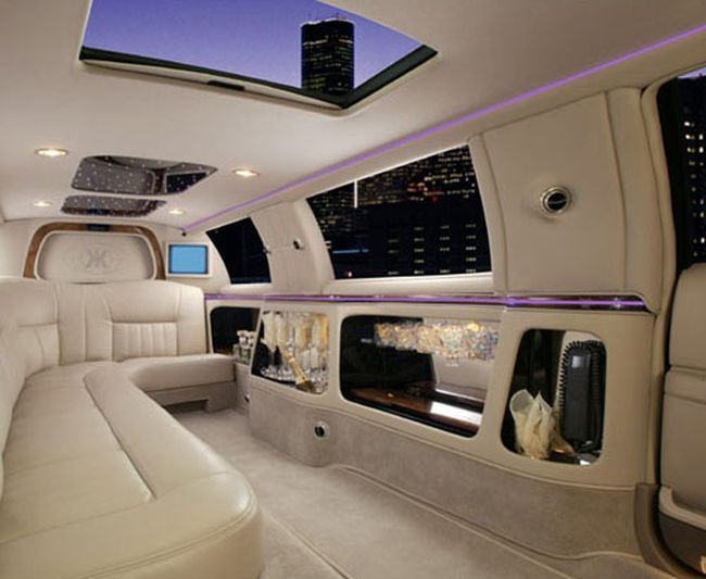 17 Best Ideas About Prom Limo On Pinterest Limo