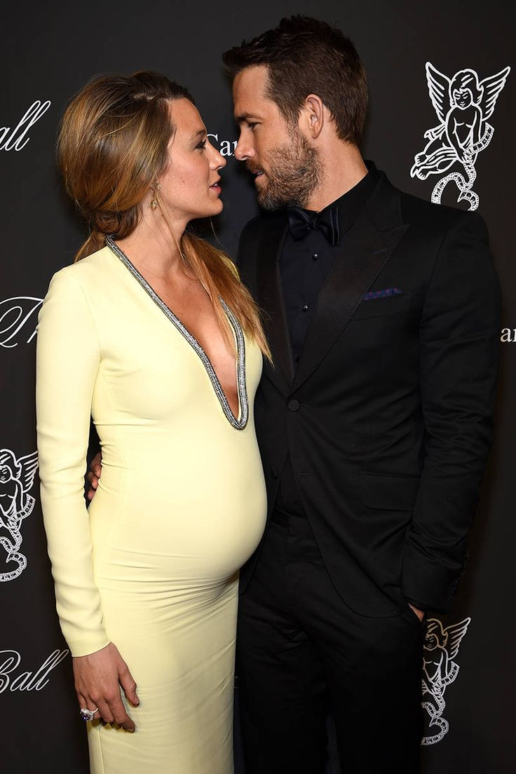 Blake Lively and Ryan Reynolds - Blake Lively Pregnant - Elle