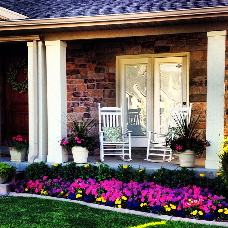My front yard petunias beautify it pinterest for Design front porch online
