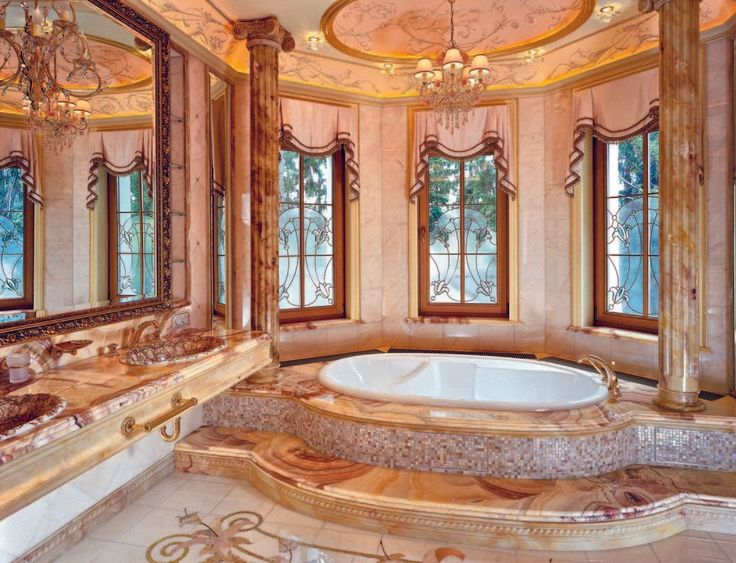 We are completely enamoured with this luxurious bathroom.  What are your thoughts?  📷: Marina Putilovskaya #bathroomdecor #homedecor #luxury #interiordesign #interior #interiorstyle #interiorlovers #interior4all #interiorforyou #interior123 #interiordecorating #interiorstyling #interiorarchitecture #interiores #interiordesignideas #interiorandhome #interiorforinspo #decor #homestyle #homedesign