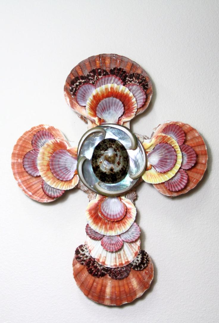 Decorative seashell craft ideas - Seashell Cross