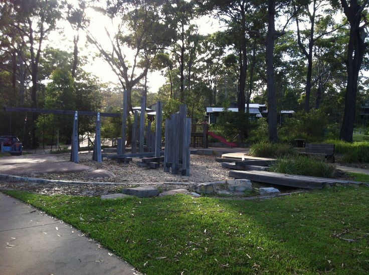 Entertain the kids at the fantastic kids playground whilst you cook up a storm on the foreshore undercover bbq's with picnic supplies provided at Wallarah Lodge