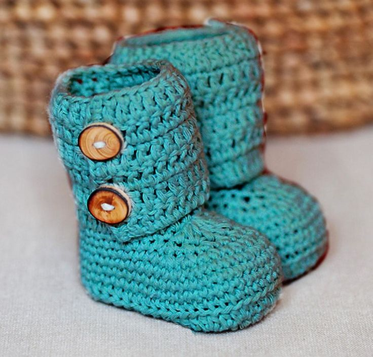 Baby Ancle Boots Kit http://crocheting.myfavoritecraft.org/baby-ancle-boots-kit/