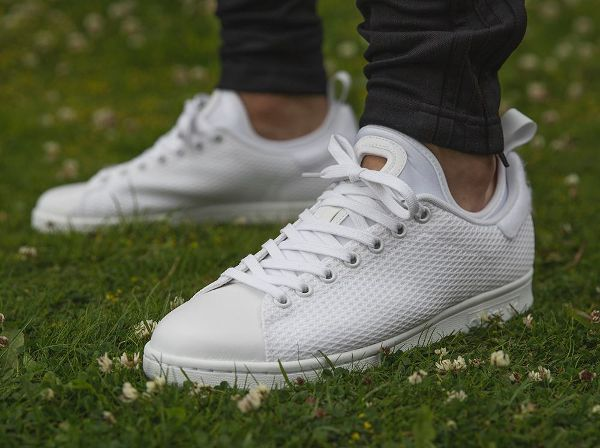 Découvrez la Adidas Stan Smith Tournament Edition 3.0 'White', une sneaker en mesh aéré blanc, qui s'inspire du dress code de Wimbledon.