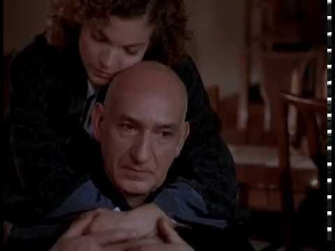 Beismerő vallomás /The Confession/ magyarul beszélő, amerikai filmdráma, 114 perc, 1999 Leírás: Harry azért veszti el ötéves gyermekét, mert a kórházban, aho...