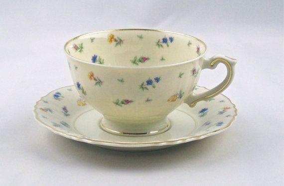 Vintage Footed TeaCup & Saucer Suzanne Syracuse USA