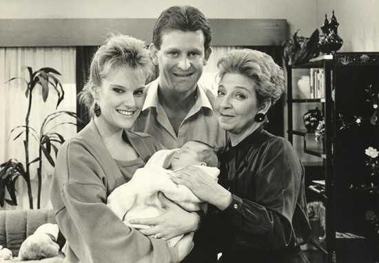 Neighbours on Channel 7: The early years with Des and Daphne