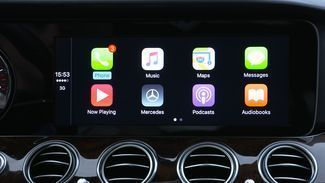 We tried Apple CarPlay and Android Auto—here's how they work | Popular Science