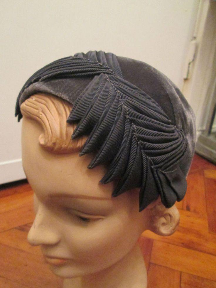 PRETTY 1950s HAT