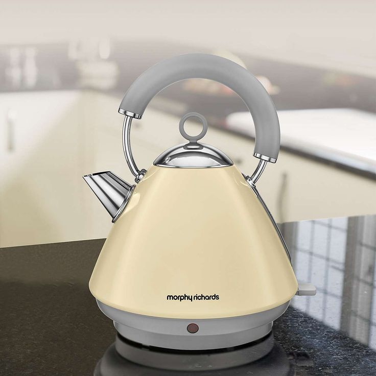 Morphy Richards Accents 102032 Traditional Cream Kettle | Dunelm