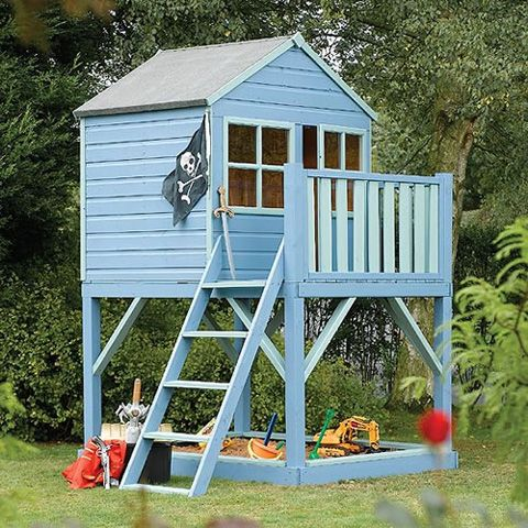 Best 25 simple playhouse ideas on pinterest outdoor for Cheap outdoor playhouses