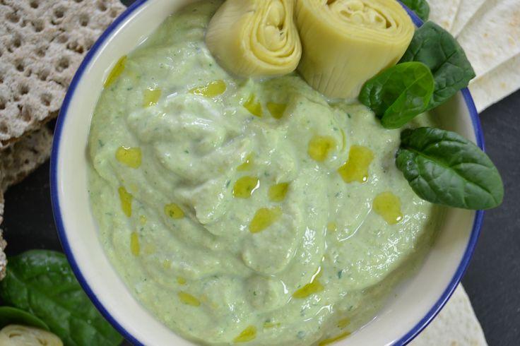 A partir de las 19:00 hora española puedes ver cómo preparo un dip frío de alcachofas y espinacas.