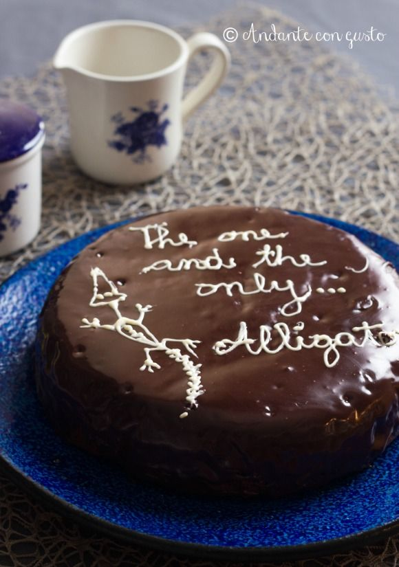 Andante con gusto: Alligator Cake: la triste storia di un alligatore che divenne torta.
