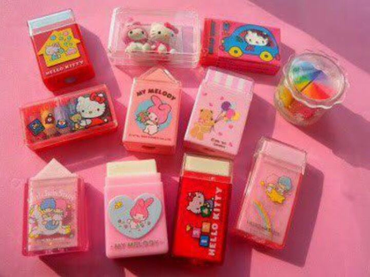 .I love these Japanese erasers in their little cases from the 1980's, I can still remember the smell of them.