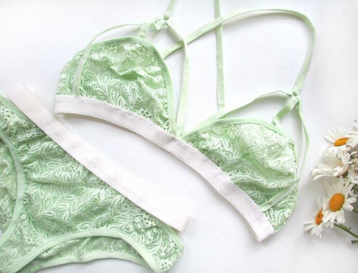 Нижнее белье светло-зеленое, салатового цвета. Белье на заказ Meyjana