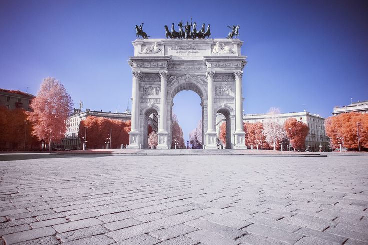 Arco della Pace IR by Riccardo Bertani on 500px