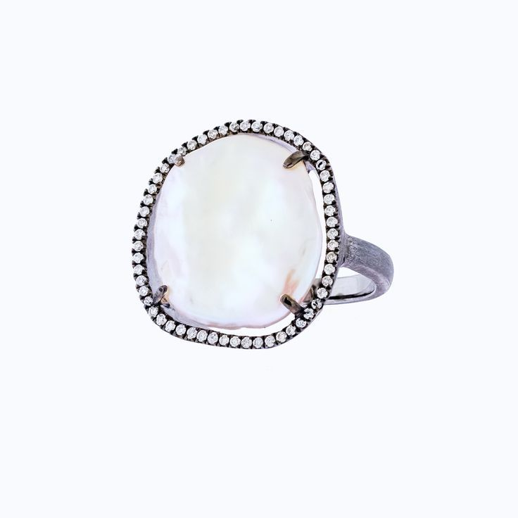 Soho Gem Fine Jewelry - Perlmutt-Ring mit Diamant-Halo
